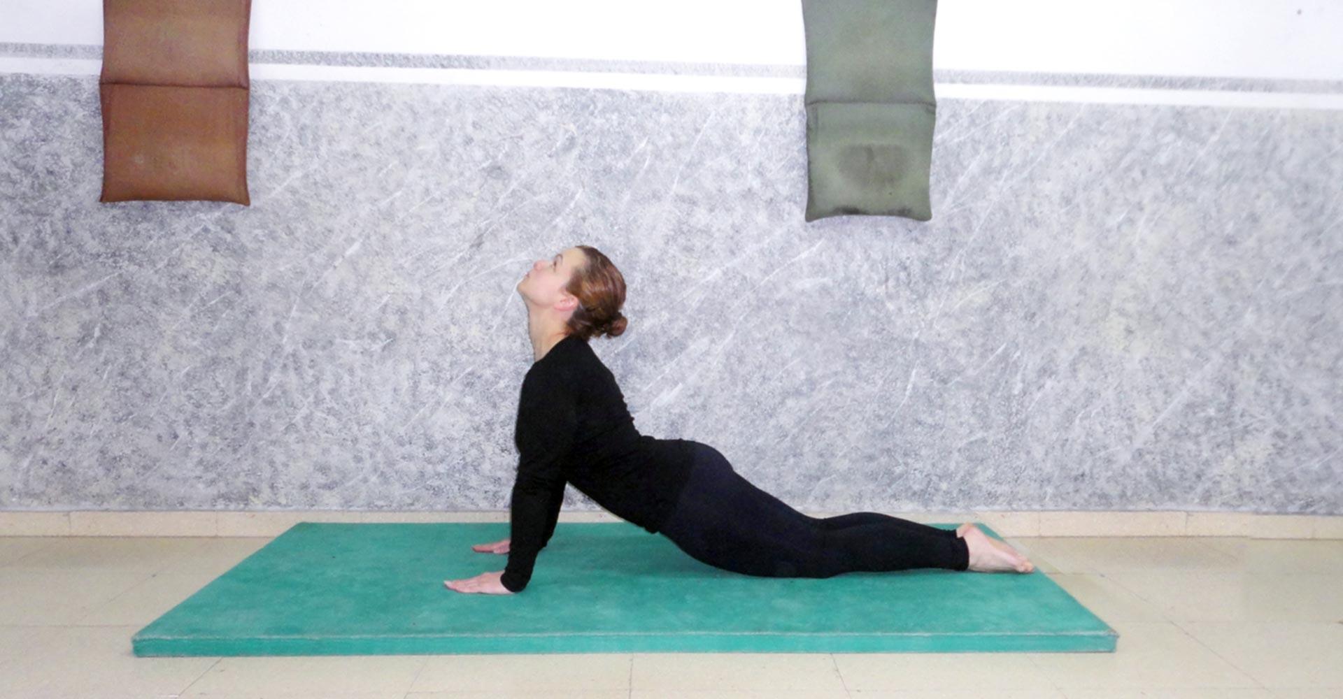 Hatha Yoga - Posición de la Cobra
